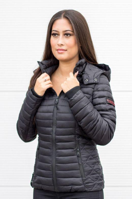 Sara let dun jakke i Sort